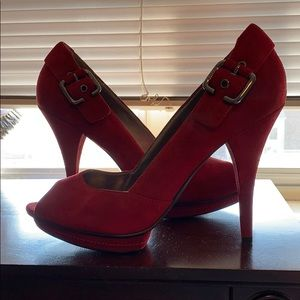 Guess Red High Heels 👠